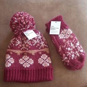 Sonoma Pom Pom Hat & Gloves